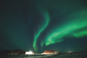 views-of-the-northern-lights-over-town-in-iceland