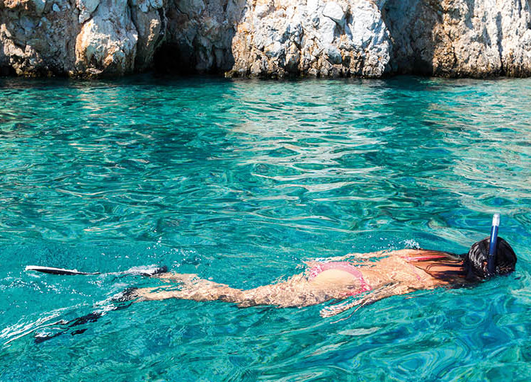 Greek Island Chaser | Topdeck Travel